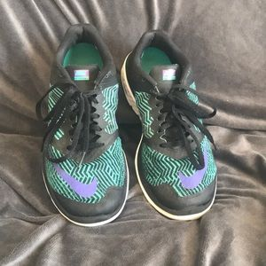 Nike running shoes size 8.5